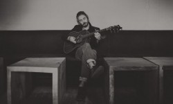 Jeremy Loops – 'Shelter From The Storm'